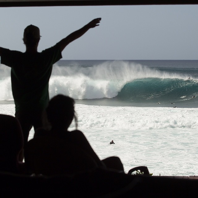 Counting down to the @Volcom @wsl Pipe Pro live from 5 ish Gmt