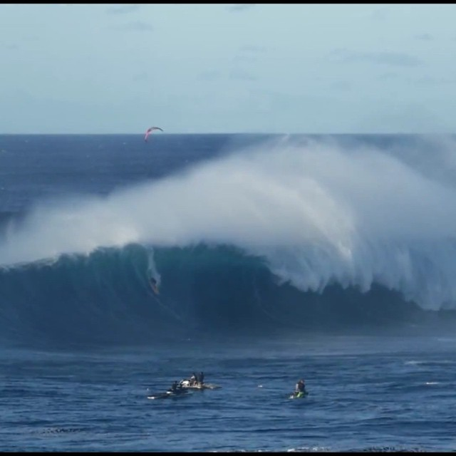 Albee Layer going huge at Pe'ahi