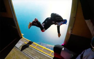 PORTUGAL – Skydiving and Surfing in the Algarve