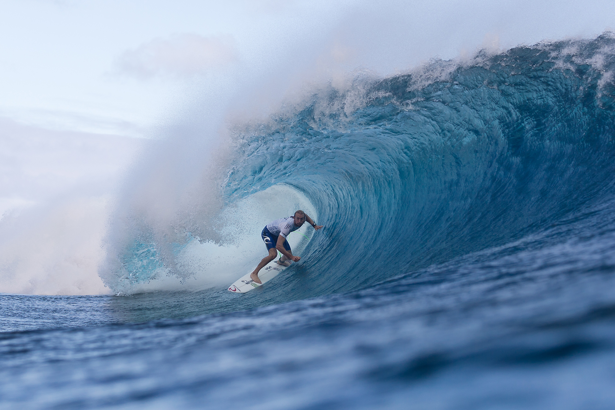 Owen Wright of Culburra Beach, New South Wales, Australia (pictured) winning in Round 4 of the Billabong Pro Tahiti with a heat total of 14.84 points (out of a possible 20.00) to advance in to the Quarter Finals at Teahupoo, Tahiti on 24 August 2015. IMAGE CREDIT: © WSL / Cestari PHOTOGRAPHER: Kelly Cestari SOCIAL MEDIA TAG: @wsl @KC80