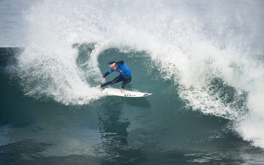 Jordy Smith Rings the Bell!