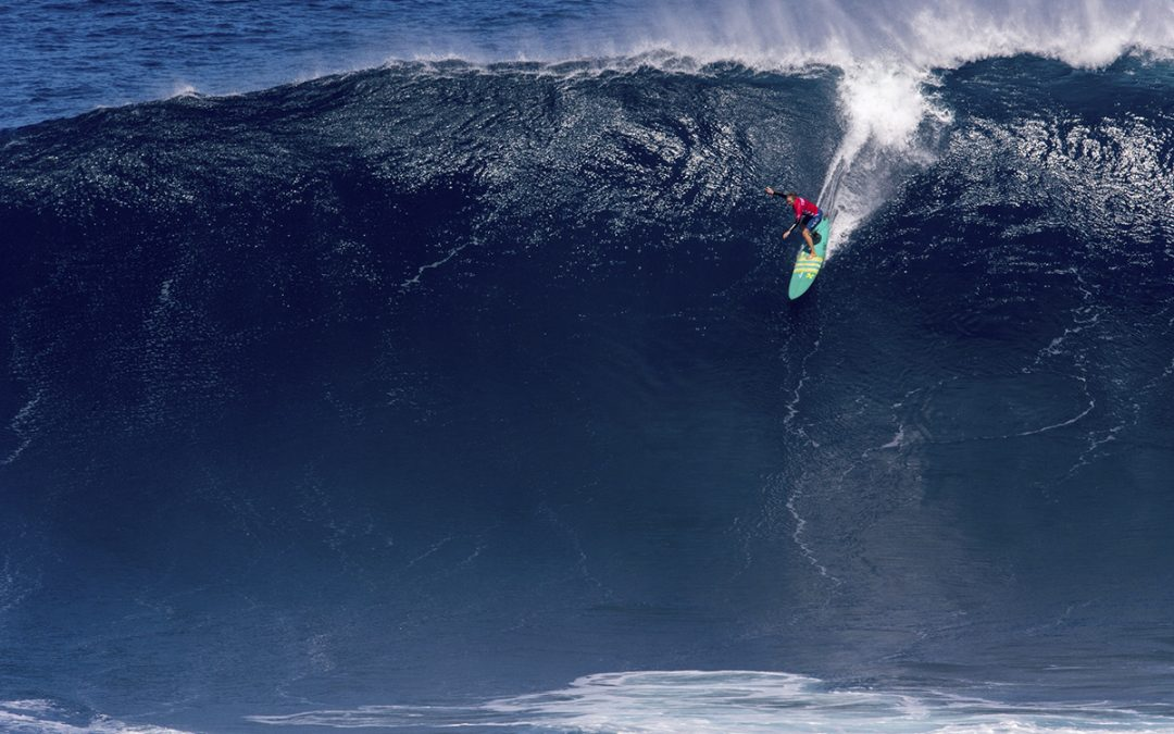 Paige Alms and Ian Walsh take classic Jaws