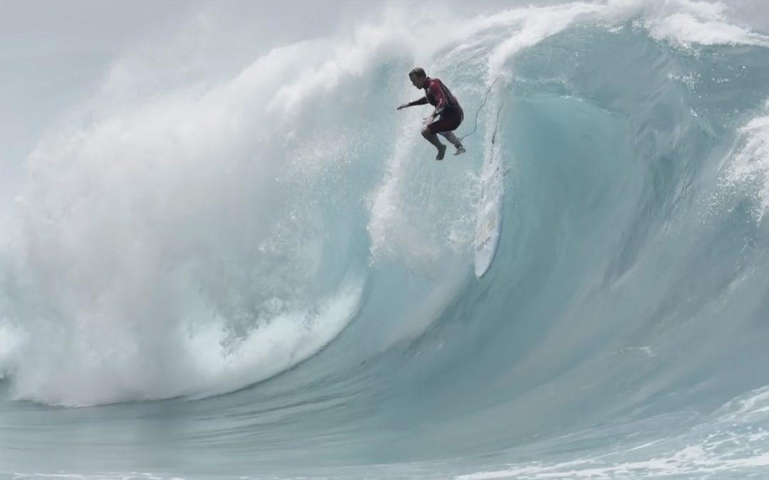 Jamie O'Brien takes on Waimea shorey