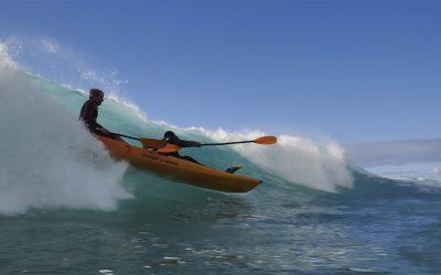 Jamie O vs Pipe … in a kayak.