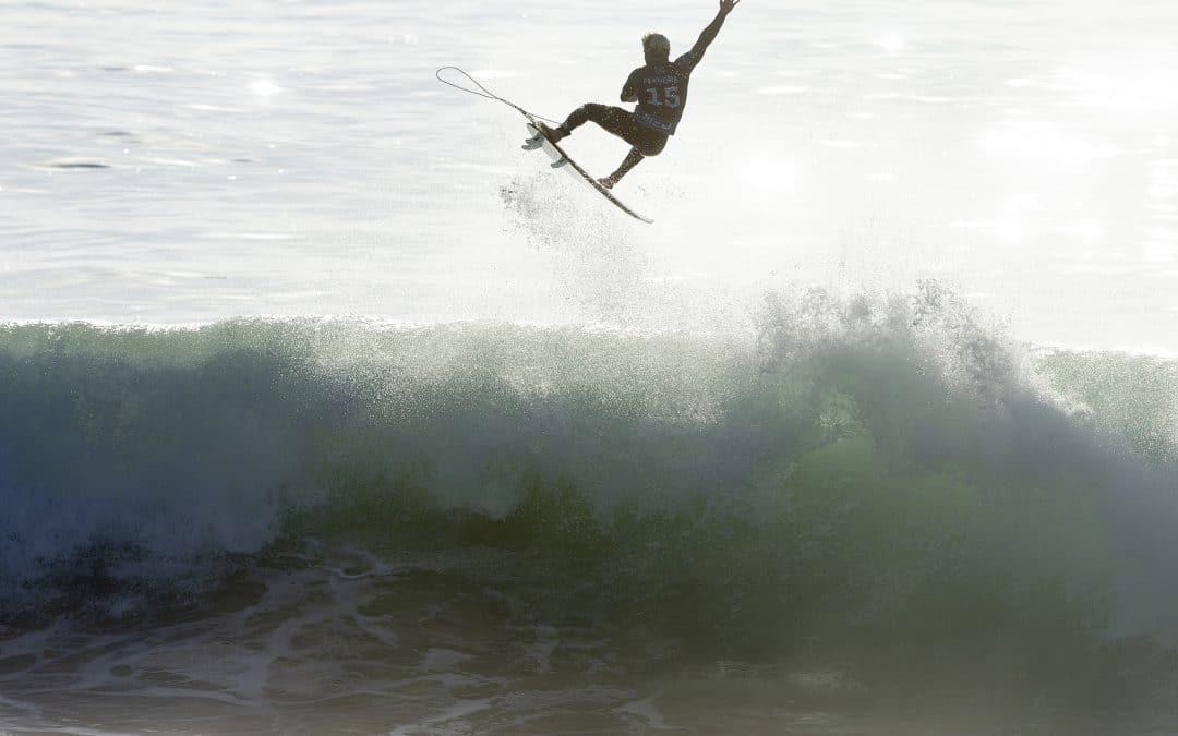 Italo & Caro' take Portugal setting up tight Hawaiian title showdown scenarios.