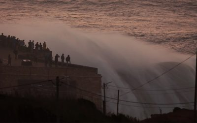 Nazaré, 1st giant swell of 2019
